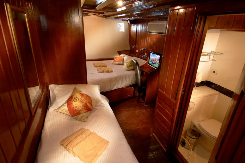 The Phinisi Twin/Double Cabin