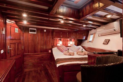Indo Siren Premium Double Cabin