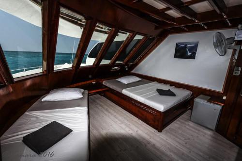 Amba Liveaboard Luxus Upper Deck Cabin