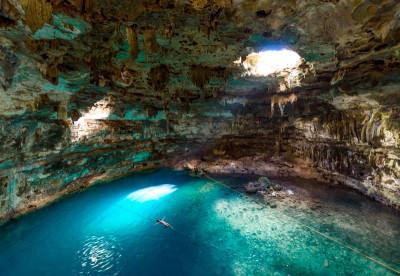 Cenote Diving - Mexico