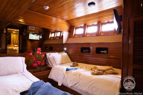 Galapagos Aggressor III Deluxe Stateroom Cabin