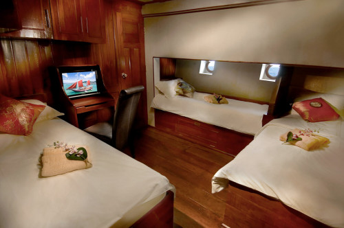 The Phinisi Quad Share Cabin