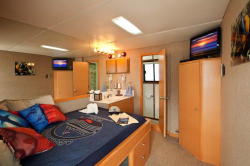Belize Aggressor III Deluxe Stateroom Cabin