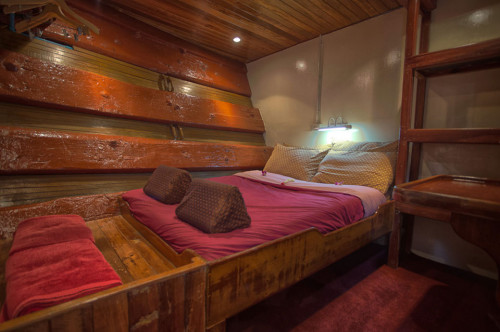 The Junk Double Lower Deck Cabin