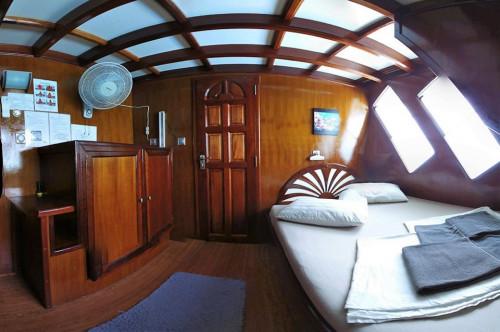 Amba Liveaboard Standard Upper Deck Cabin