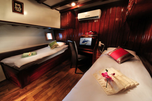 Philippine Siren Premium Twin/Double Cabin
