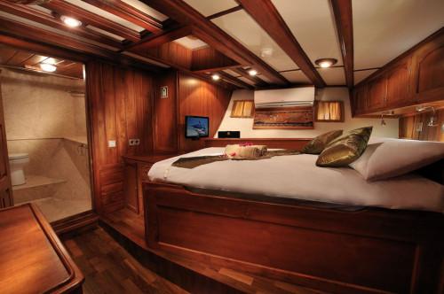 Palau Siren Premium Double Cabin